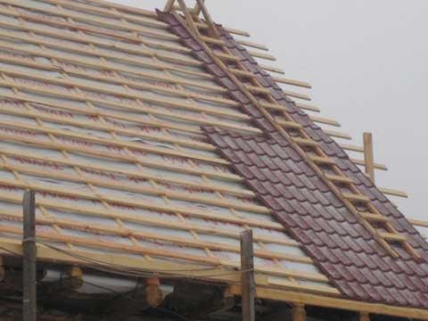 Как сделать крышу дома под металлочерепицу